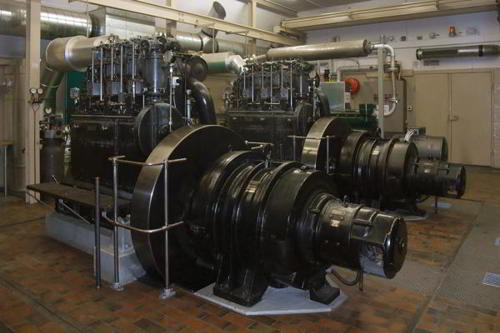 Warning: You Are Losing Your Money by Not Installing a Diesel Generator! Thumbnail