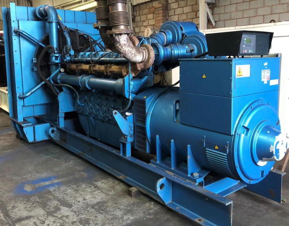 1100 Kva Perkins Stamford Open Type Generator 1