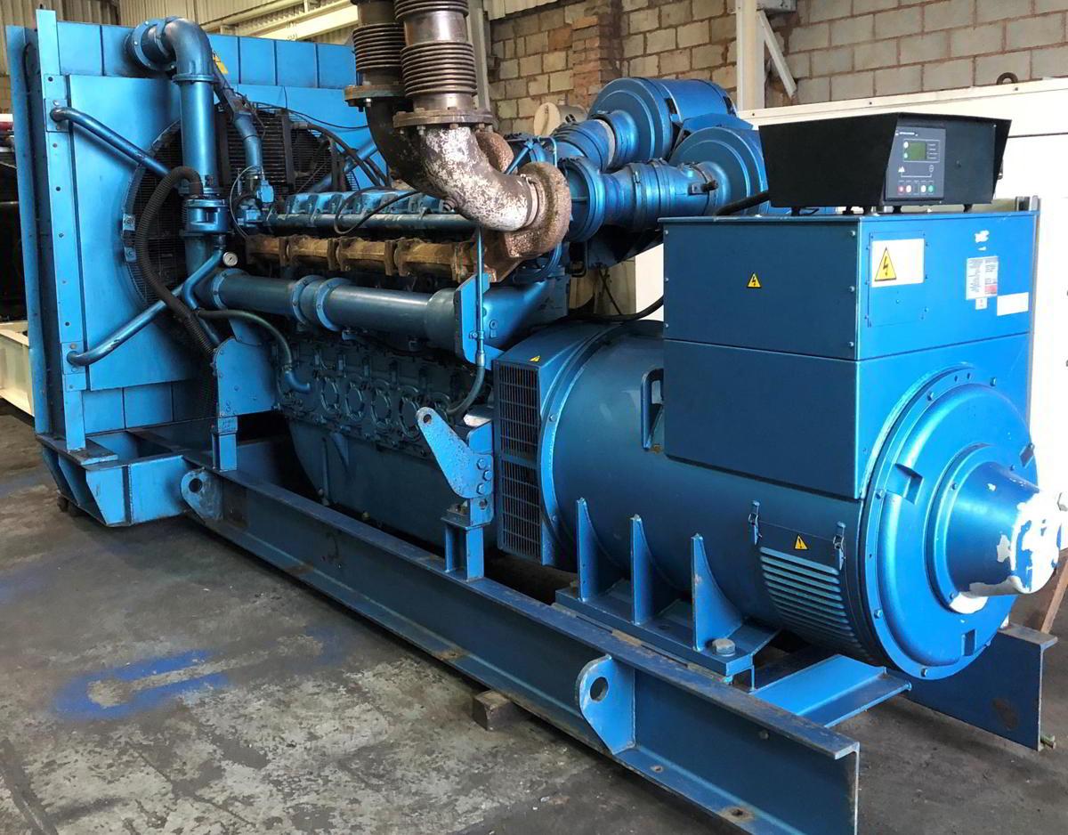 1100 Kva Perkins Stamford Open Type Generator