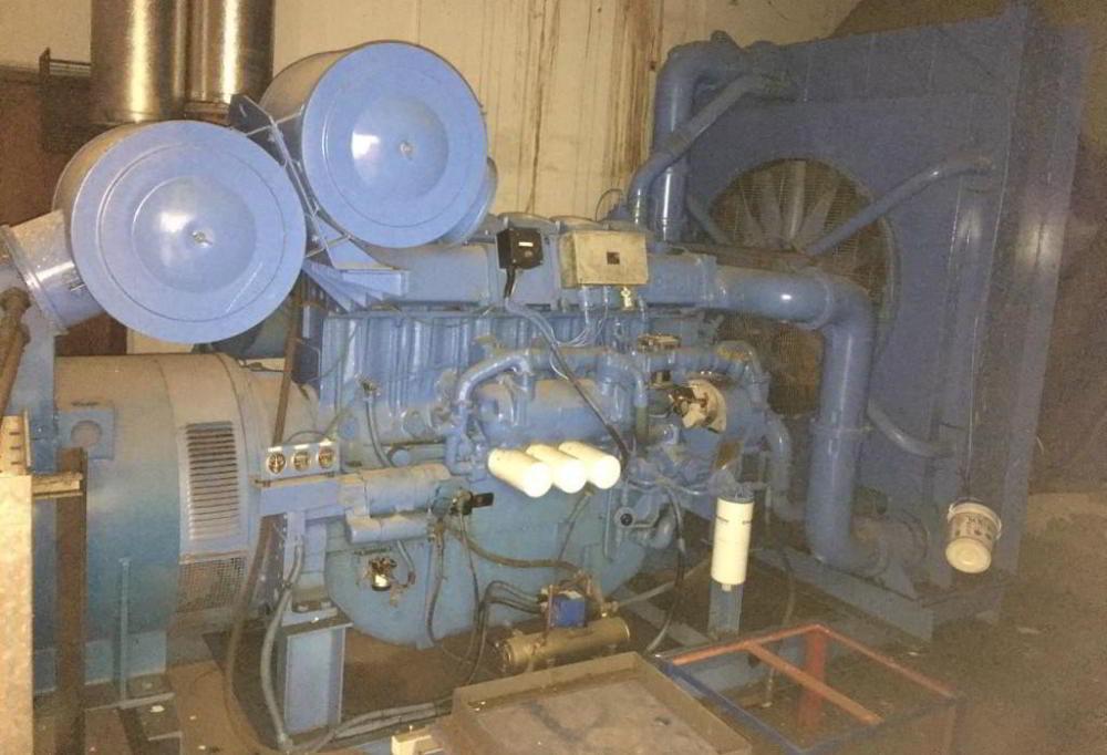 715 KVA Perkins Marelli Used Diesel Generator 4
