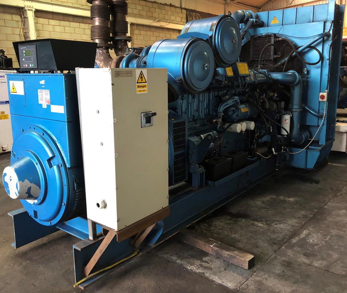 1100 Kva Perkins Stamford Open Type Generator 2