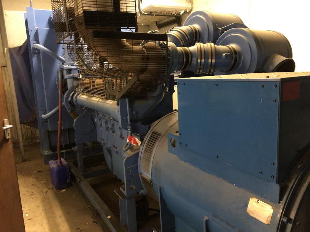 715 KVA Perkins Marelli Used Diesel Generator 2