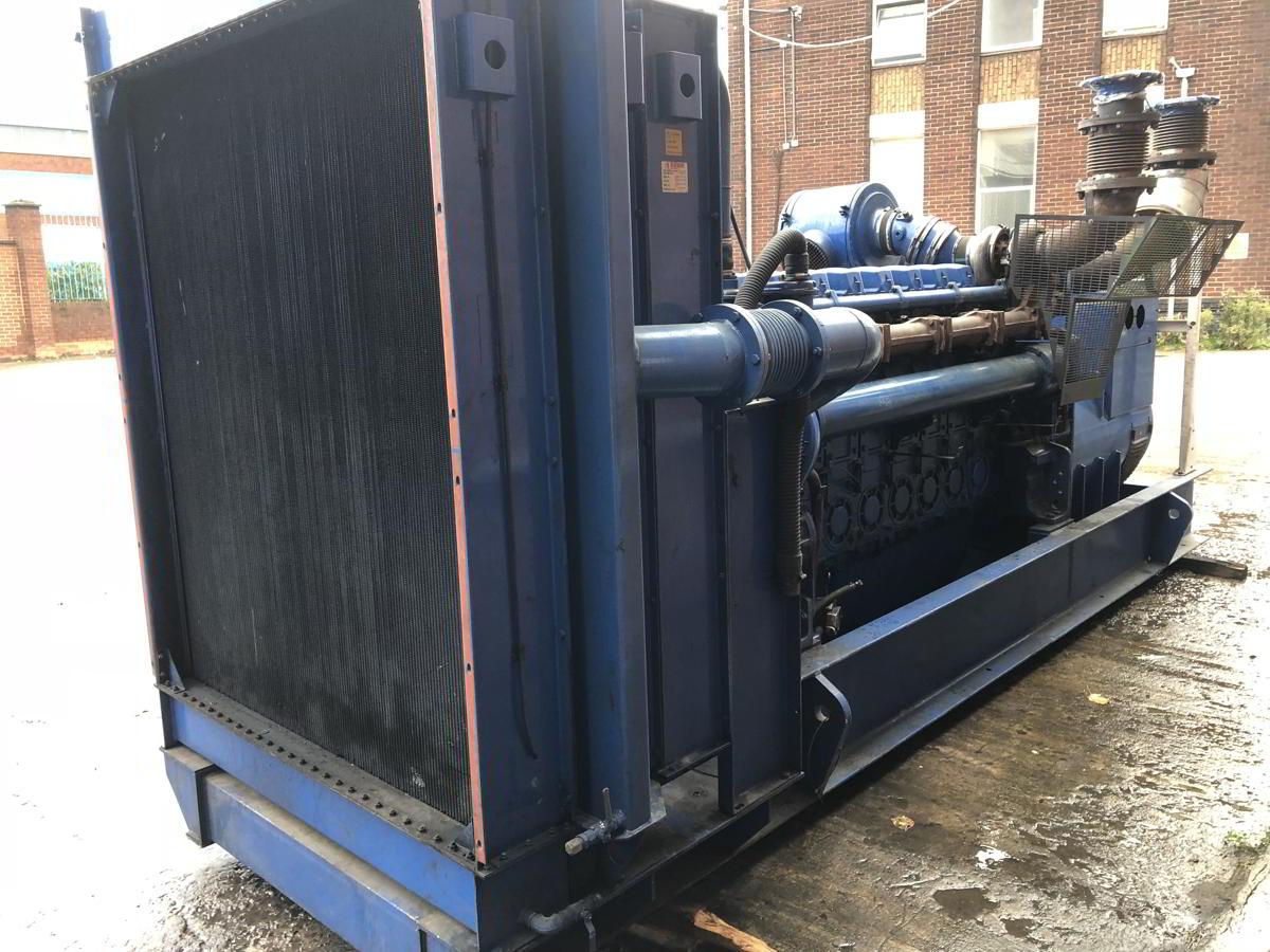 936 Kva Perkins Stamford Open Type Generator 4