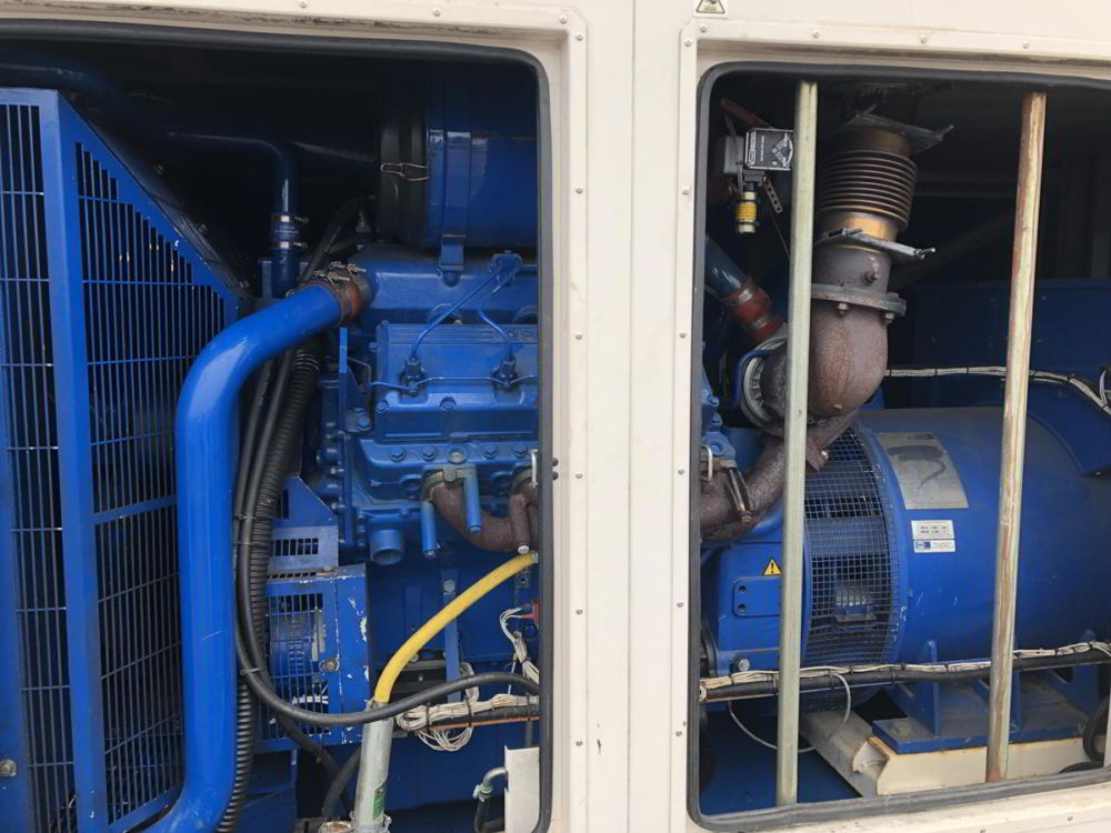 500 KVA FG Wilson Perkins Leroy Somer Acoustic Generator 6