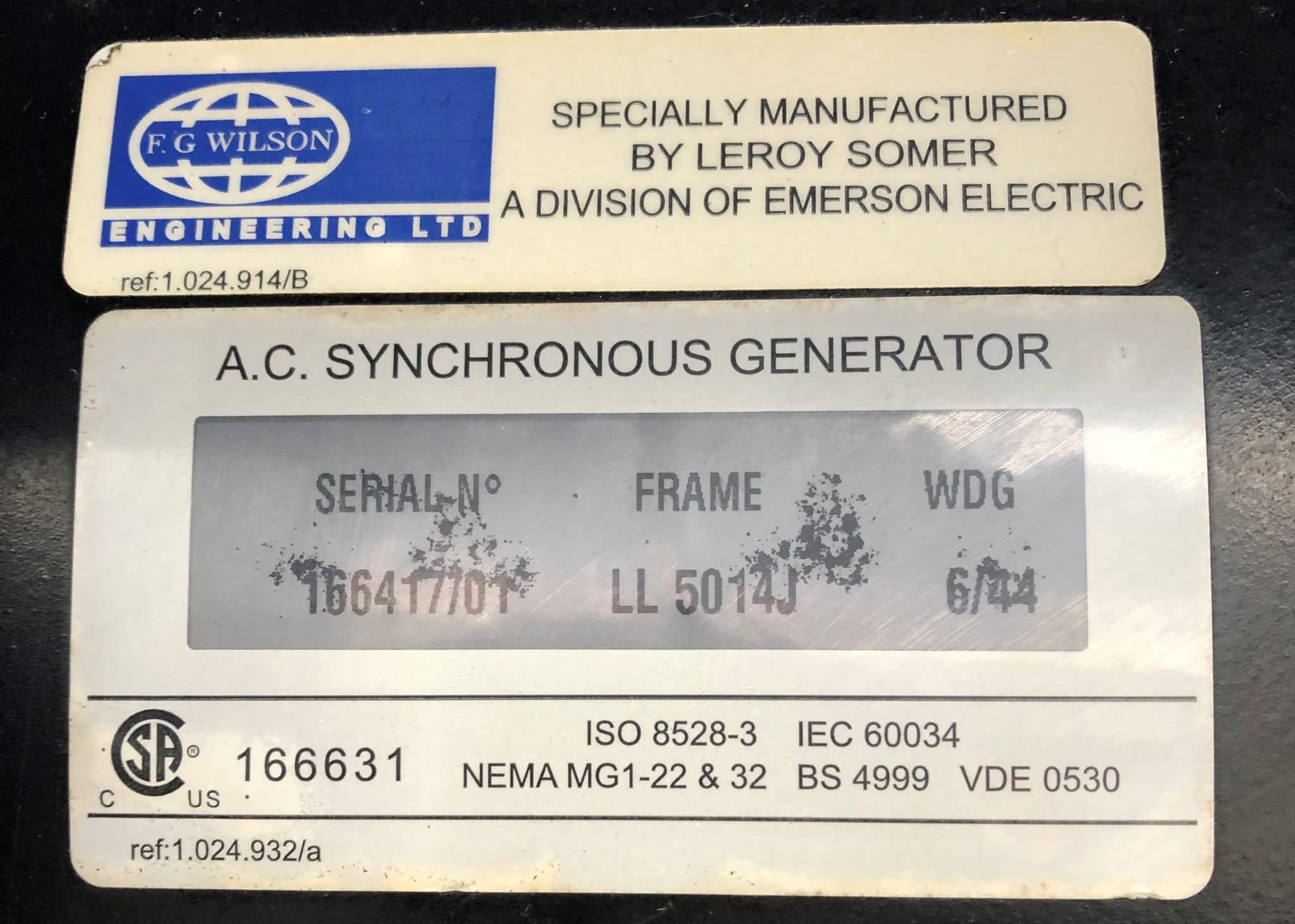 250 KVA PERKINS LEROY SOMER ACOUSTIC labels