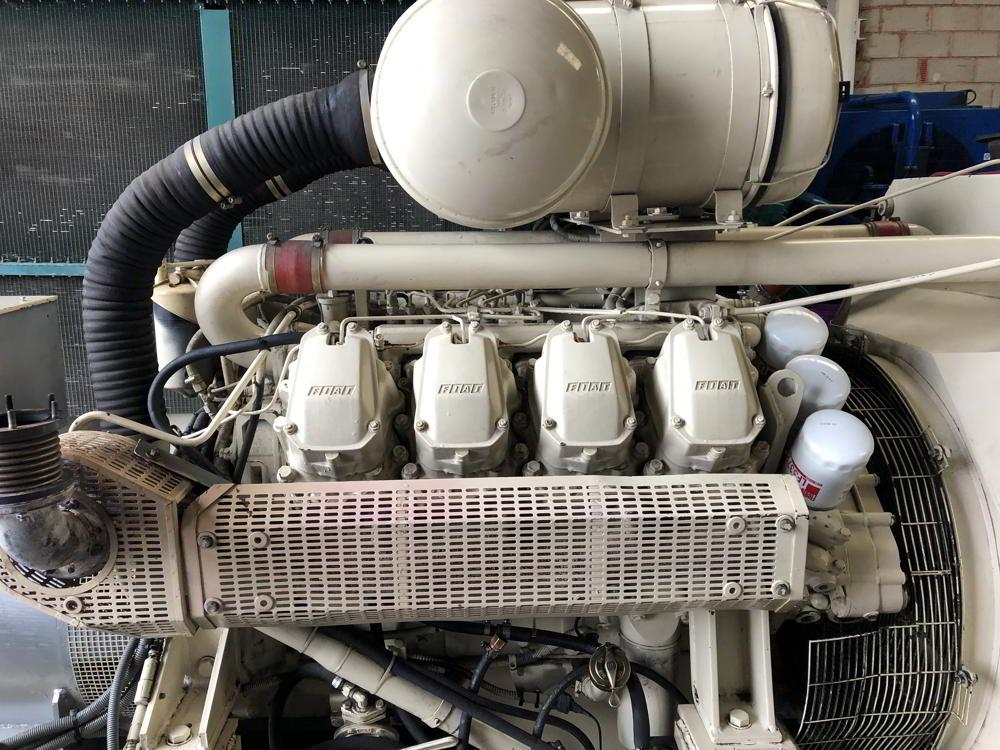 350 KVA IVECO MECCALTE OPEN TYPE GENERATOR 4