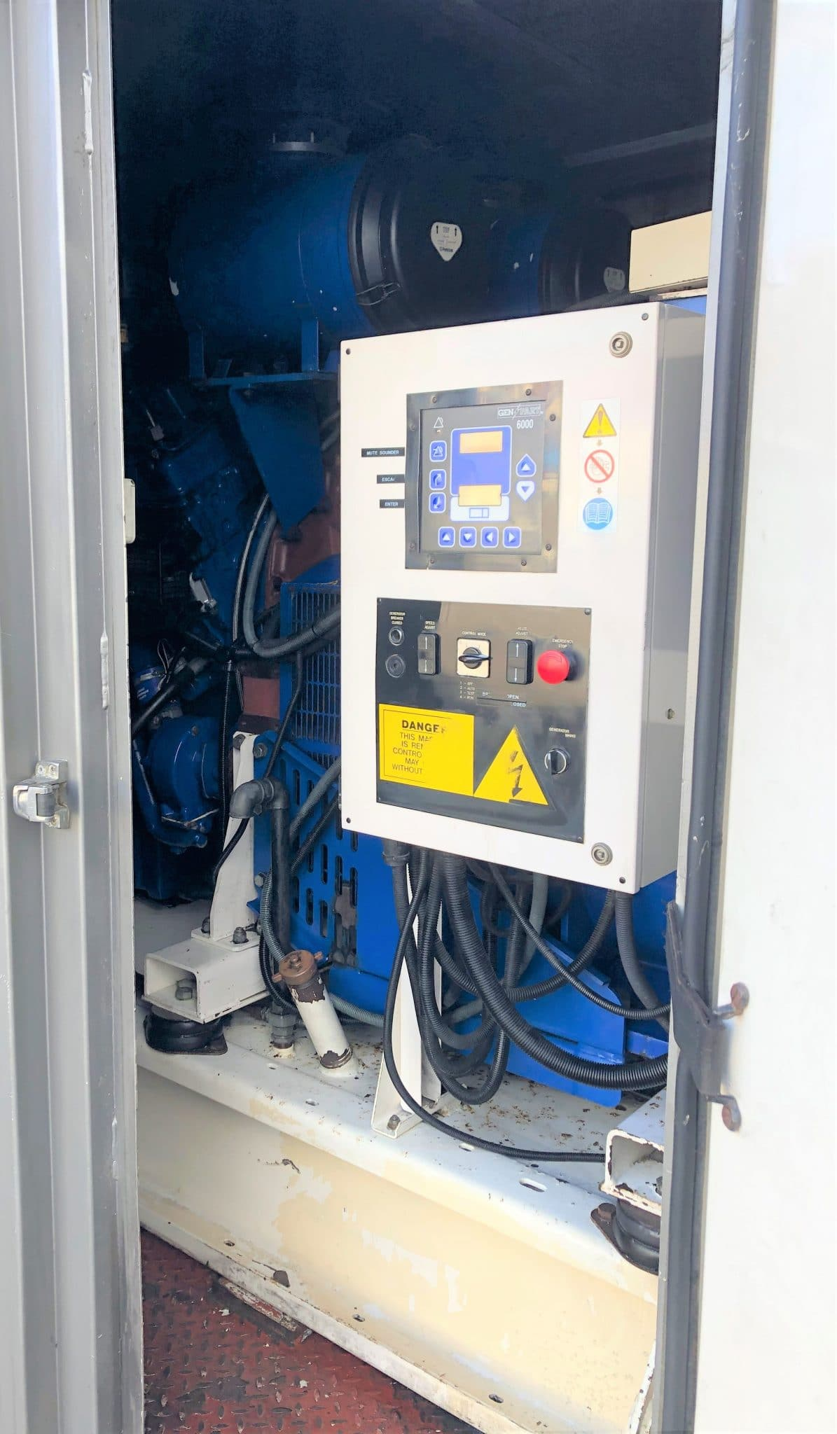 800 KVA Perkins Leroy Somer Used Diesel Generator 4