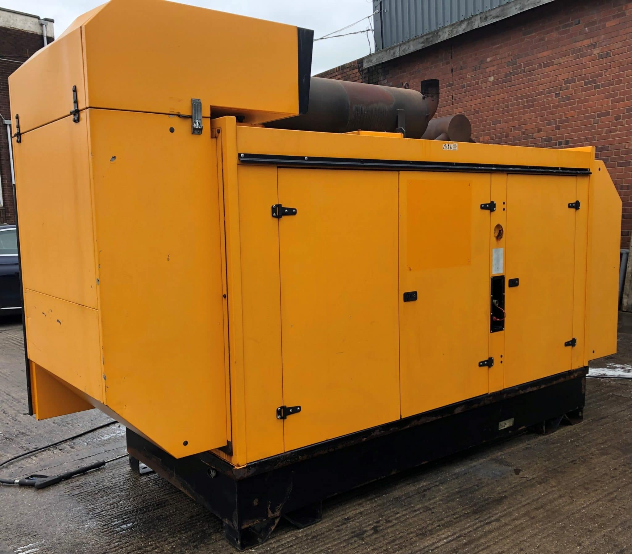 350 KVA Perkins Stamford Acoustic Generator 2