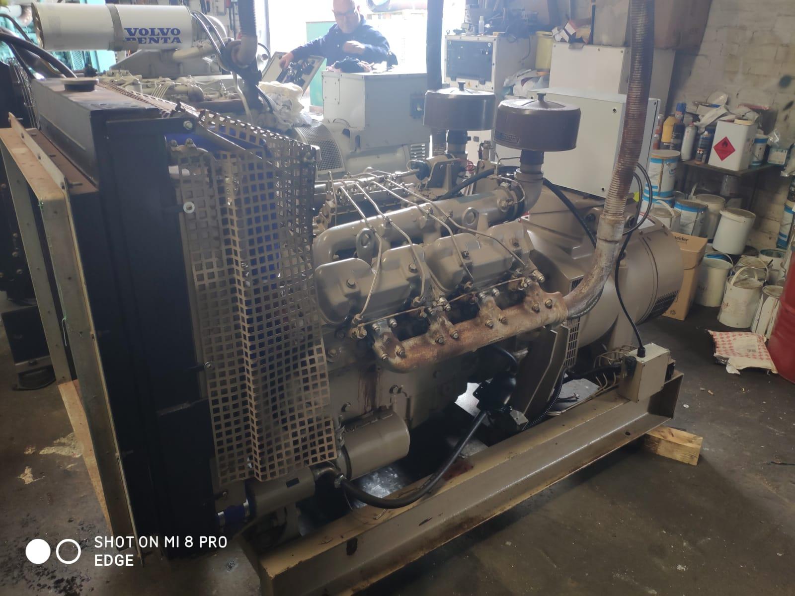 82 KVA Perkins Markon Open Type Generator 4