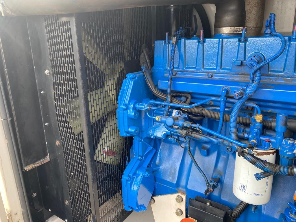200 Kva FG Wilson Perkins/Leroy Somer Acoustic used Generator