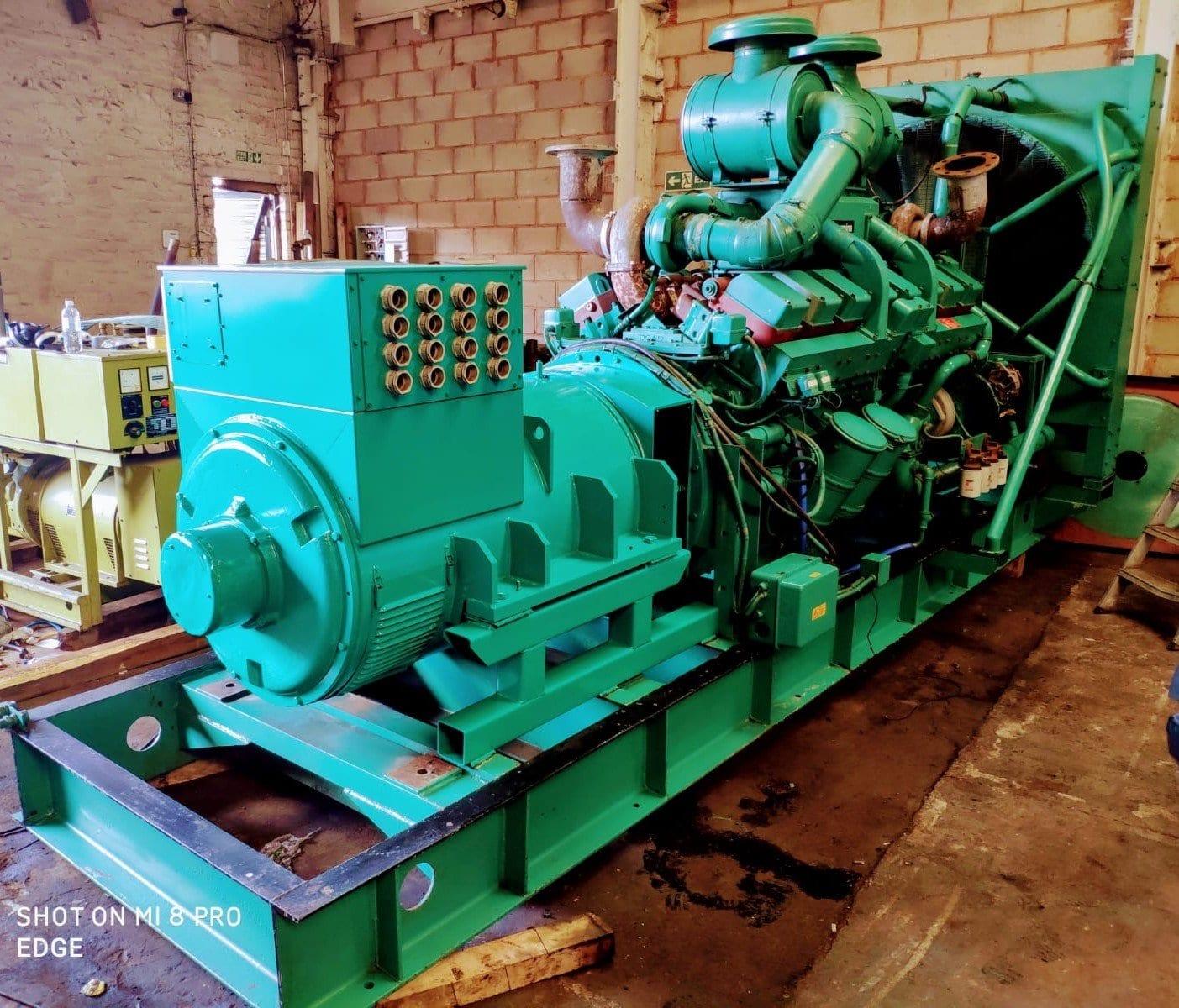 1000 kVA Cummins KTTA-50-G Generator 2
